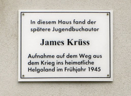 Tafel am James-Krüss-Haus